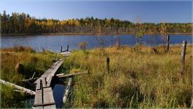 Свято озеро. Осенний пейзаж